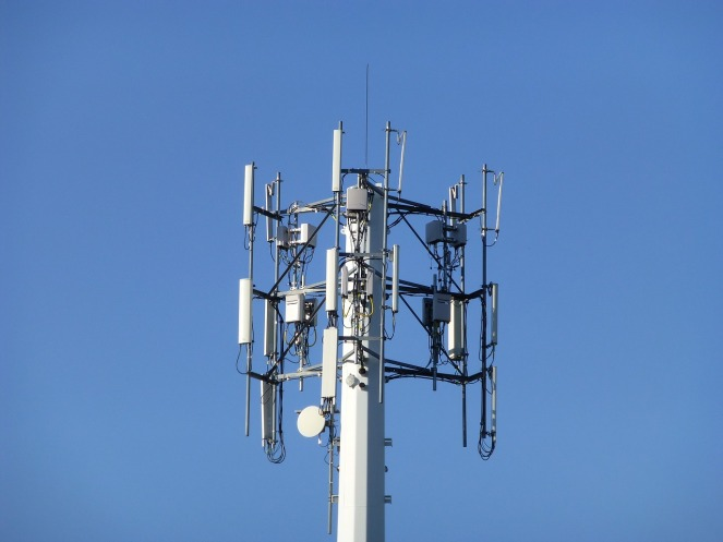 cellular-tower-1676940_1280