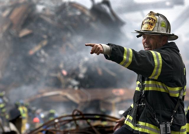 fireman-100722_640